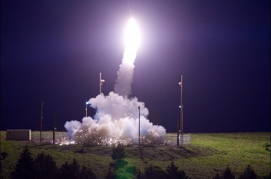 <p>Start rakety systému THAAD na kosmodromu Pacific Spaceport Complex, 2017</p>