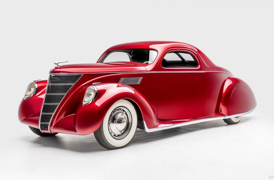 <p>Voodoo Priest (1937 <strong>Lincoln Zephyr</strong>)</p>