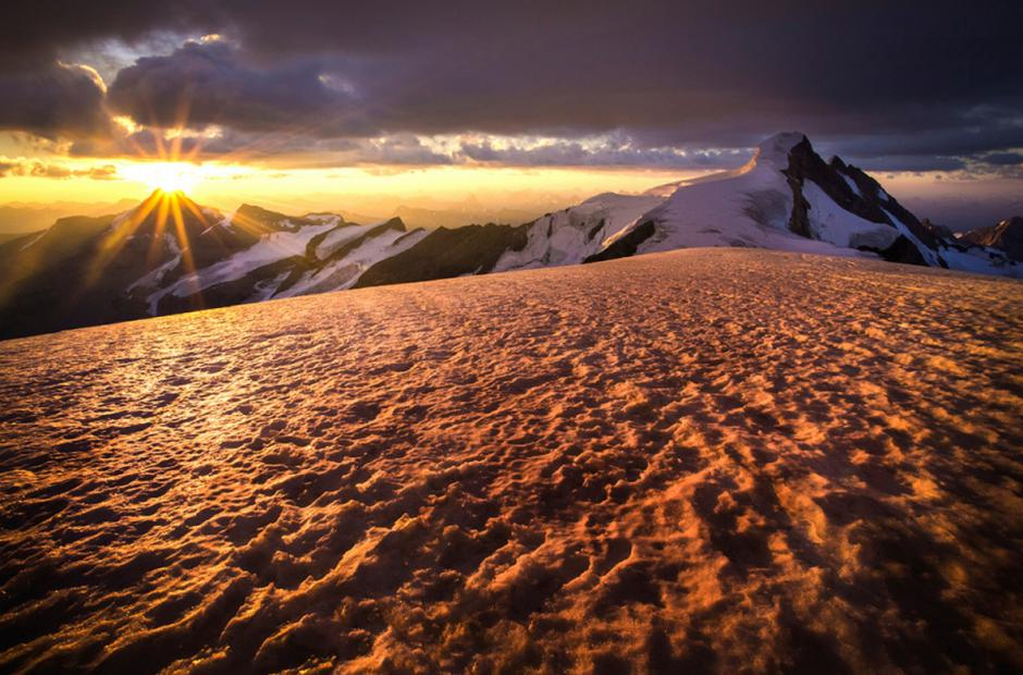 <h3>Sunrise on the Dome - Mount Robson</h3>